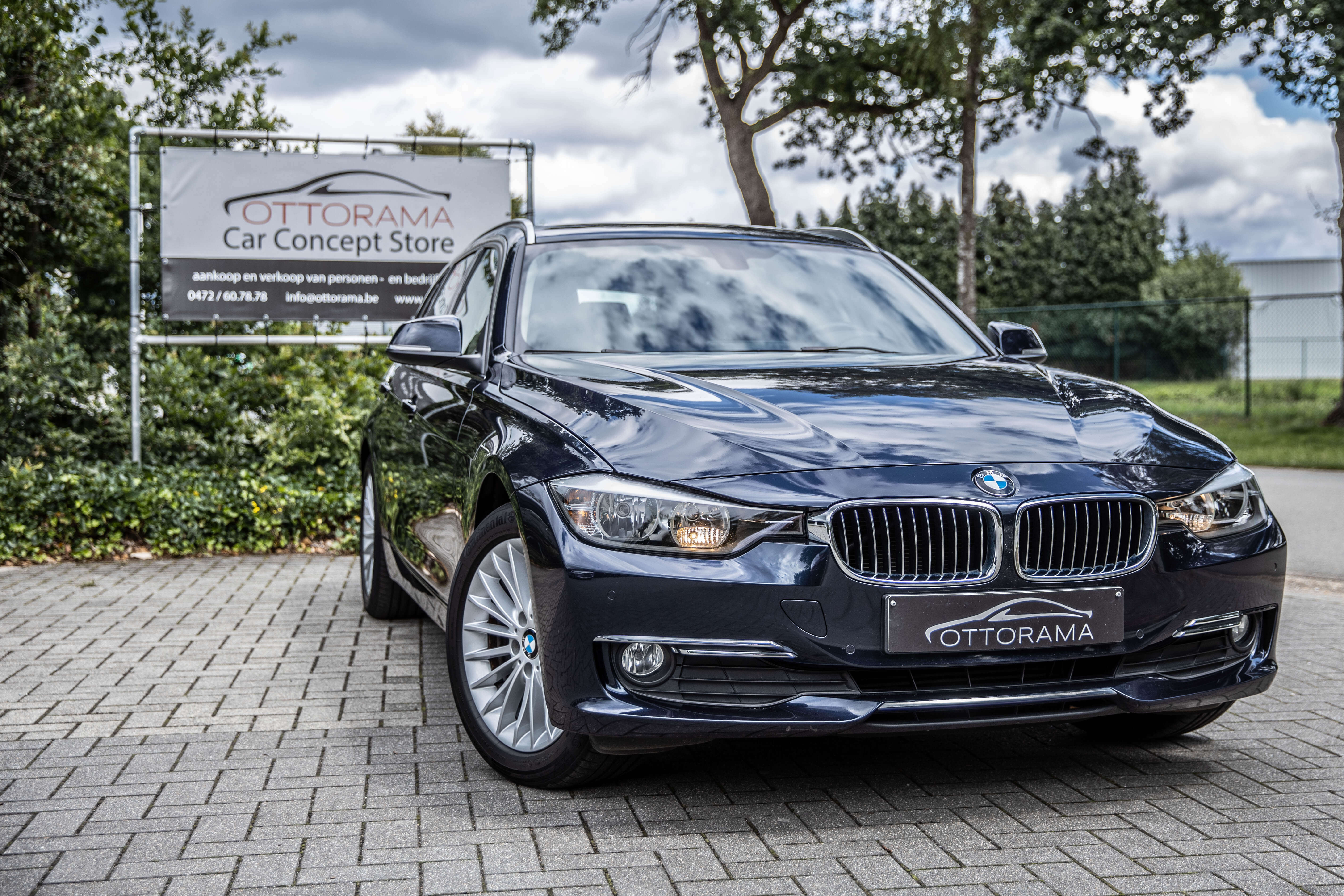 BMW 318 D Touring Luxury Line